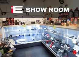 SHOW ROOM